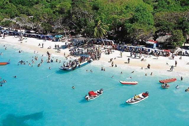 Anuncian reapertura de playa blanca en Cartagena