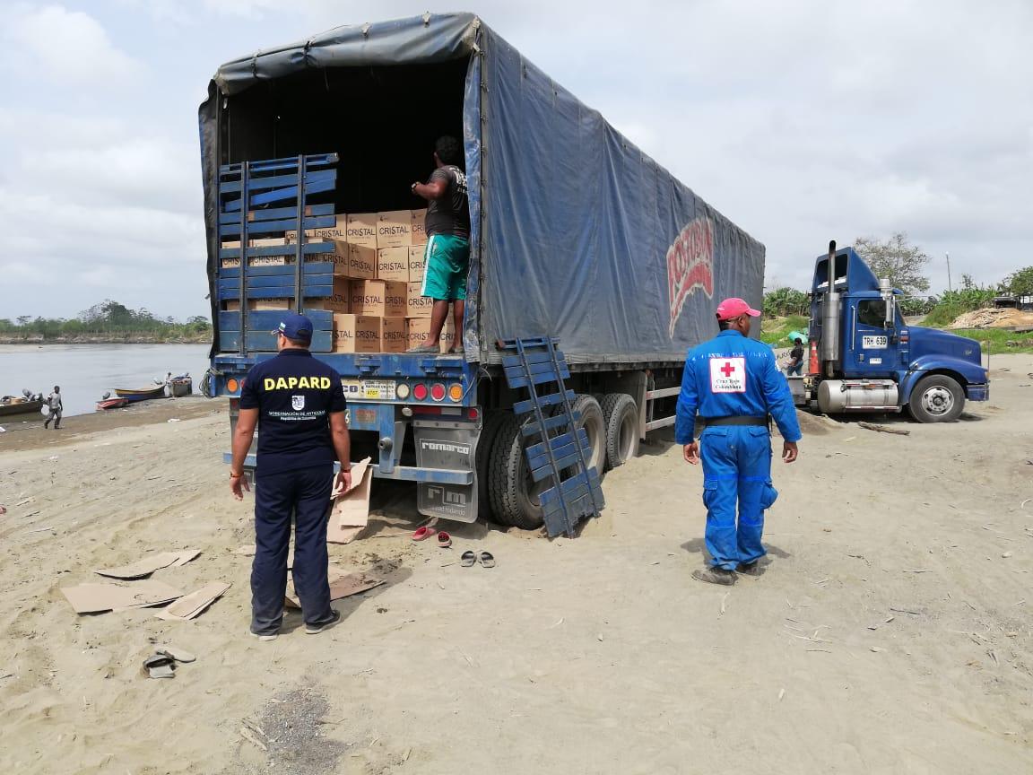 Agua potable y ayudas humanitarias para Murindó