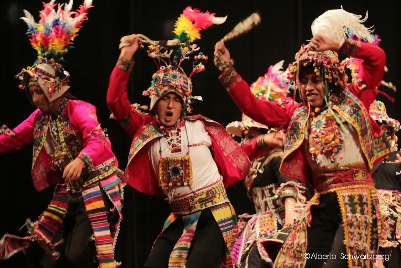El folclor se baila con el Festival 'Estefanía Caicedo'