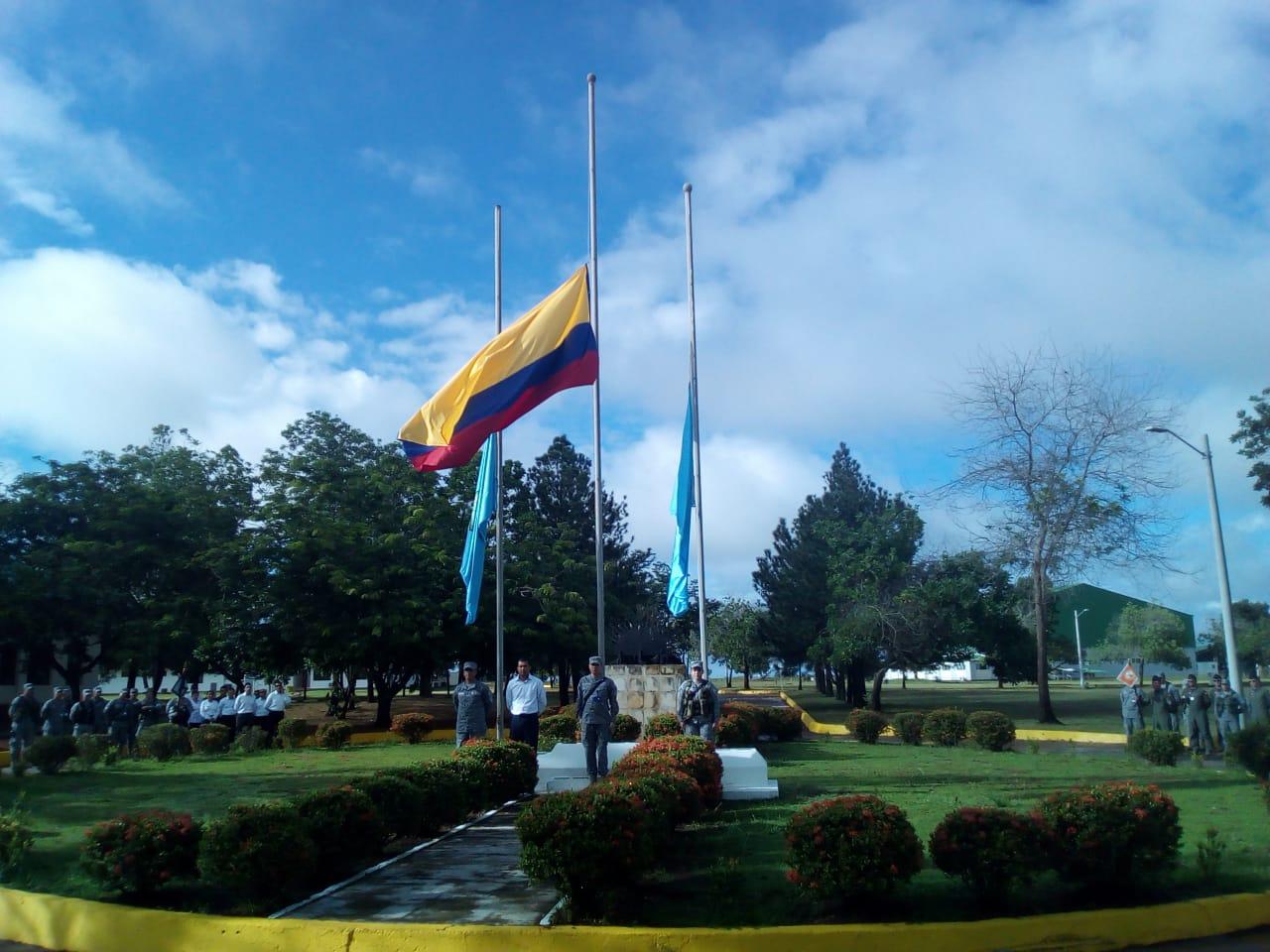 En el Grupo Aéreo del Oriente se conmemoro día del héroe de la nación.