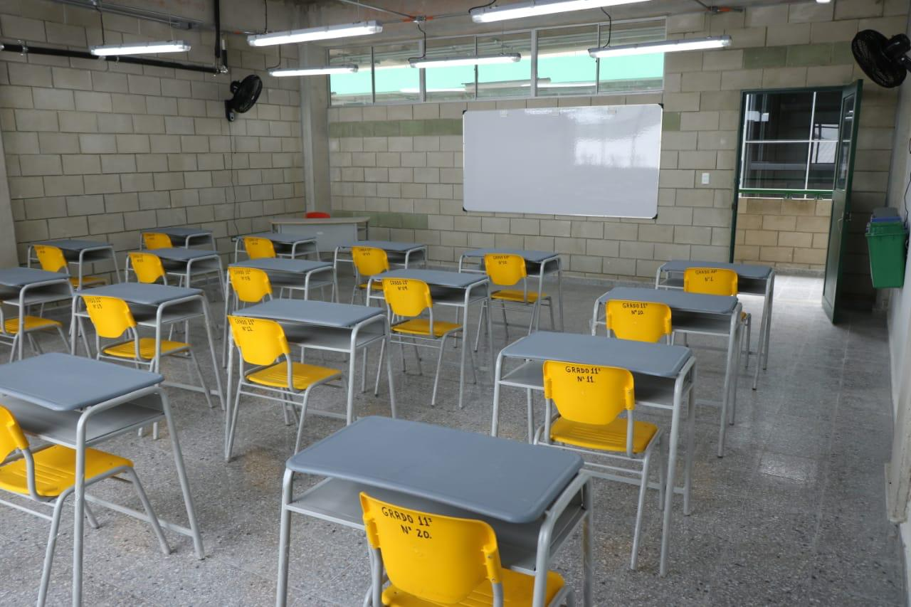 """""""Padres siguen con temor de enviar a sus hijos al colegio"""": Alcaldía de Bogotá"""