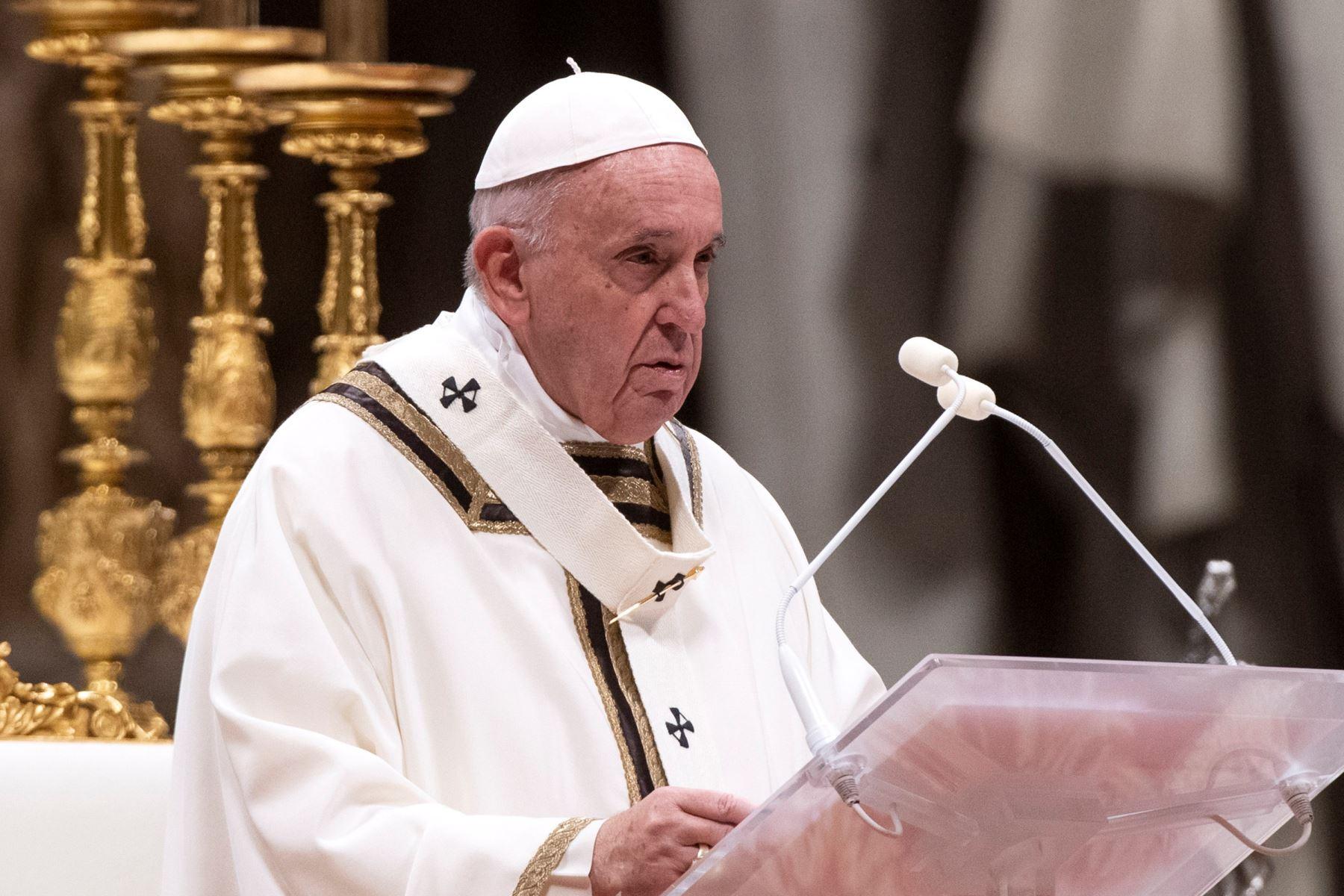 Papa alerta de las «patologías sociales» de la pandemia que amenazan a la humanidad