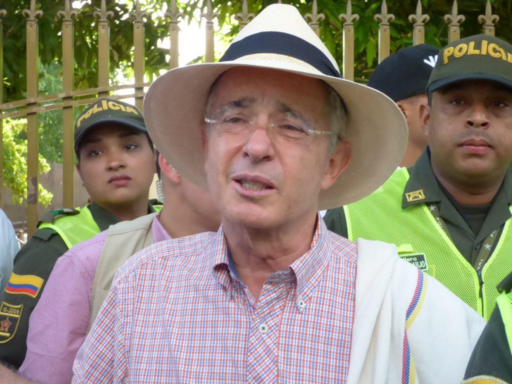 Uribe es asintomático; ya está de salida del coronavirus: senador Gabriel Velasco