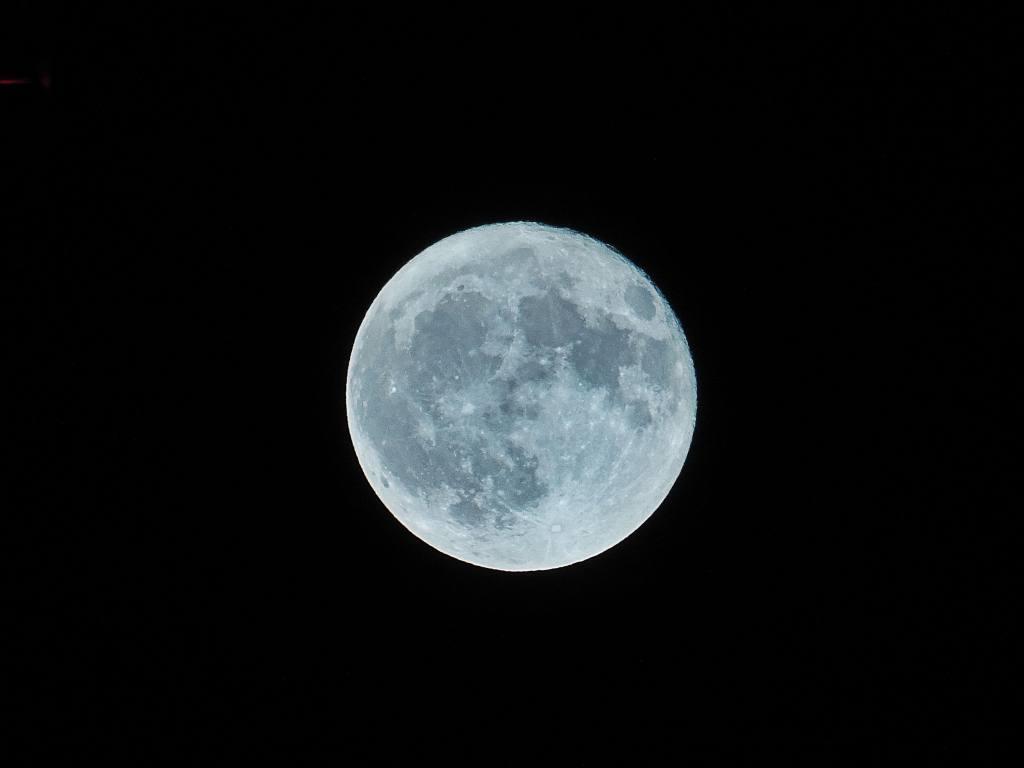 Luna Azul: el evento astronómico que se podrá ver en la noche de Halloween