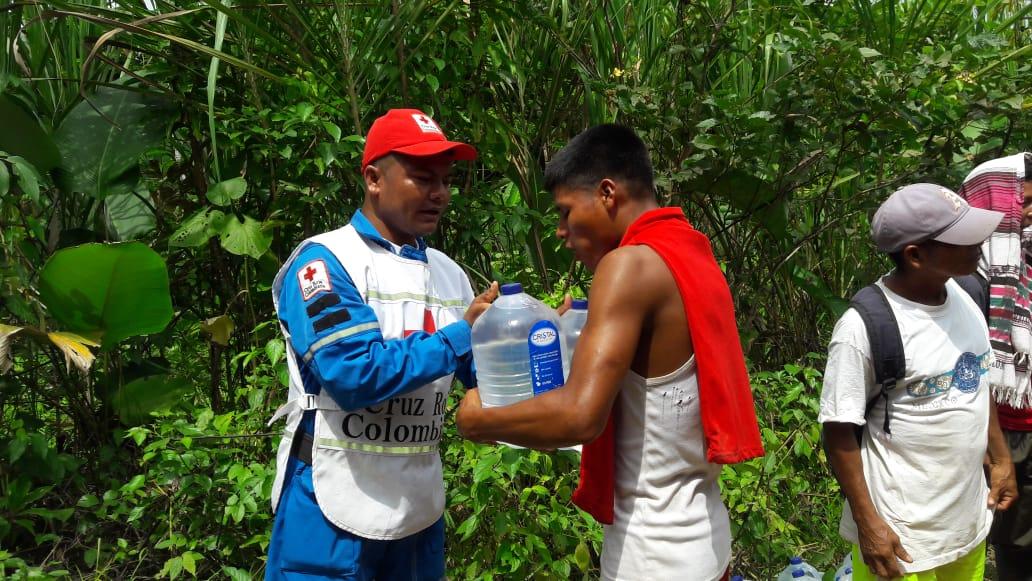 Lanzan campaña de donación de agua para damnificados por la ola de invierno