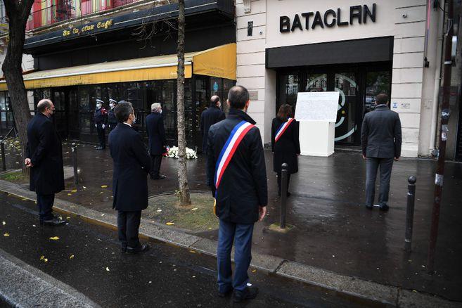 Francia conmemora cinco años de los atentados terroristas que sacudieron París