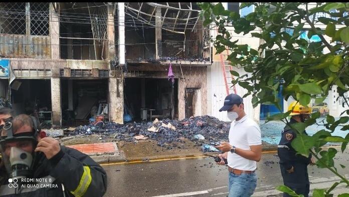 Incendio en fábrica de colchones en Villavicencio