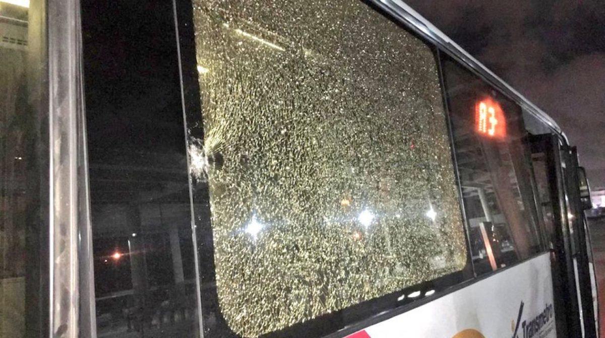 Buses de Transmetro fueron vandalizamos en Soledad
