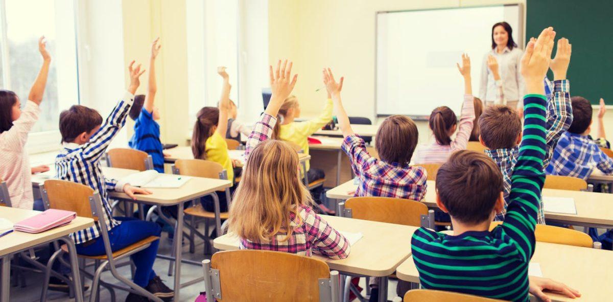 Ecuador retomará clases en colegios públicos