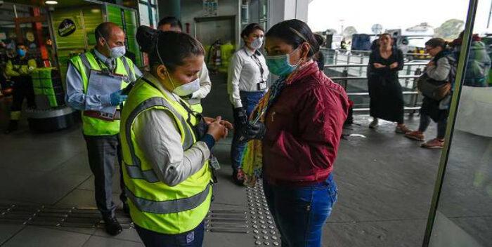 Vacunación acelerada en Bogotá ante el tercer pico de la pandemia