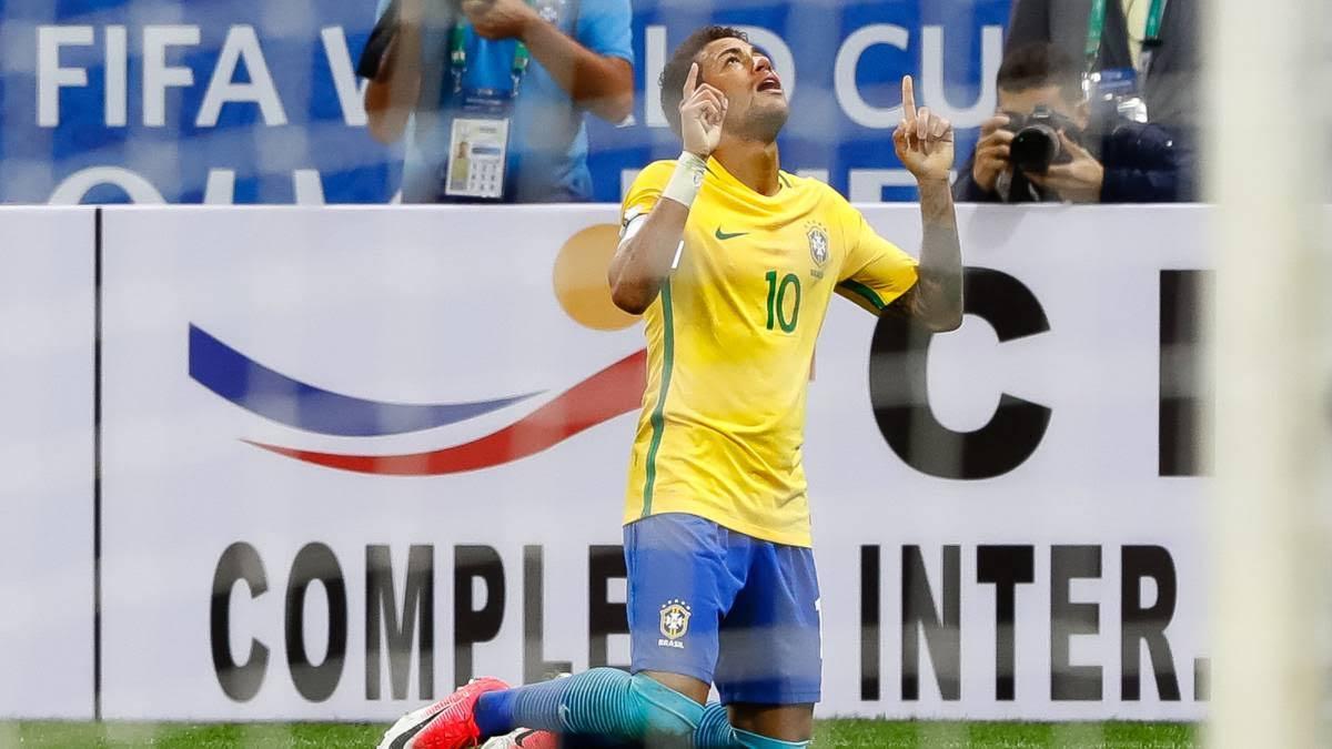 """Brasil domó a Paraguay con su """"Jogo Bonito"""" y está en el Mundial"""