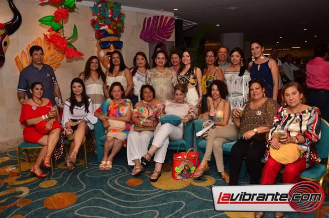 Comitiva de la señorita atlántico en Cartagena