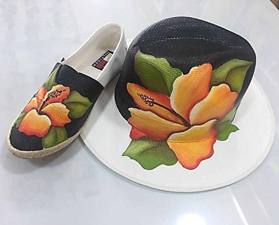 La Galería Plaza de la Paz abre convocatoria para taller gratuito 'Diseño para todos: Pintura sobre sombreros y zapatos'