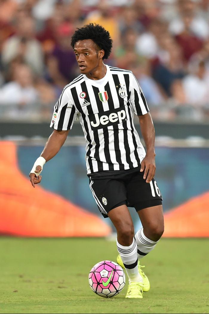 Cuadrado ya superó el Covid-19 y reaparecerá con la Juventus