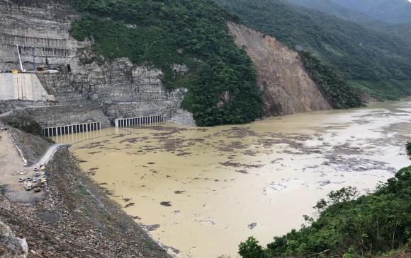 flujo- agua - Hidroituango- lavibrante
