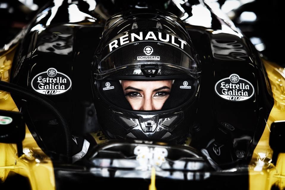 Aseel al-Hamad hace historia al pilotar un F1 por un motivo particular