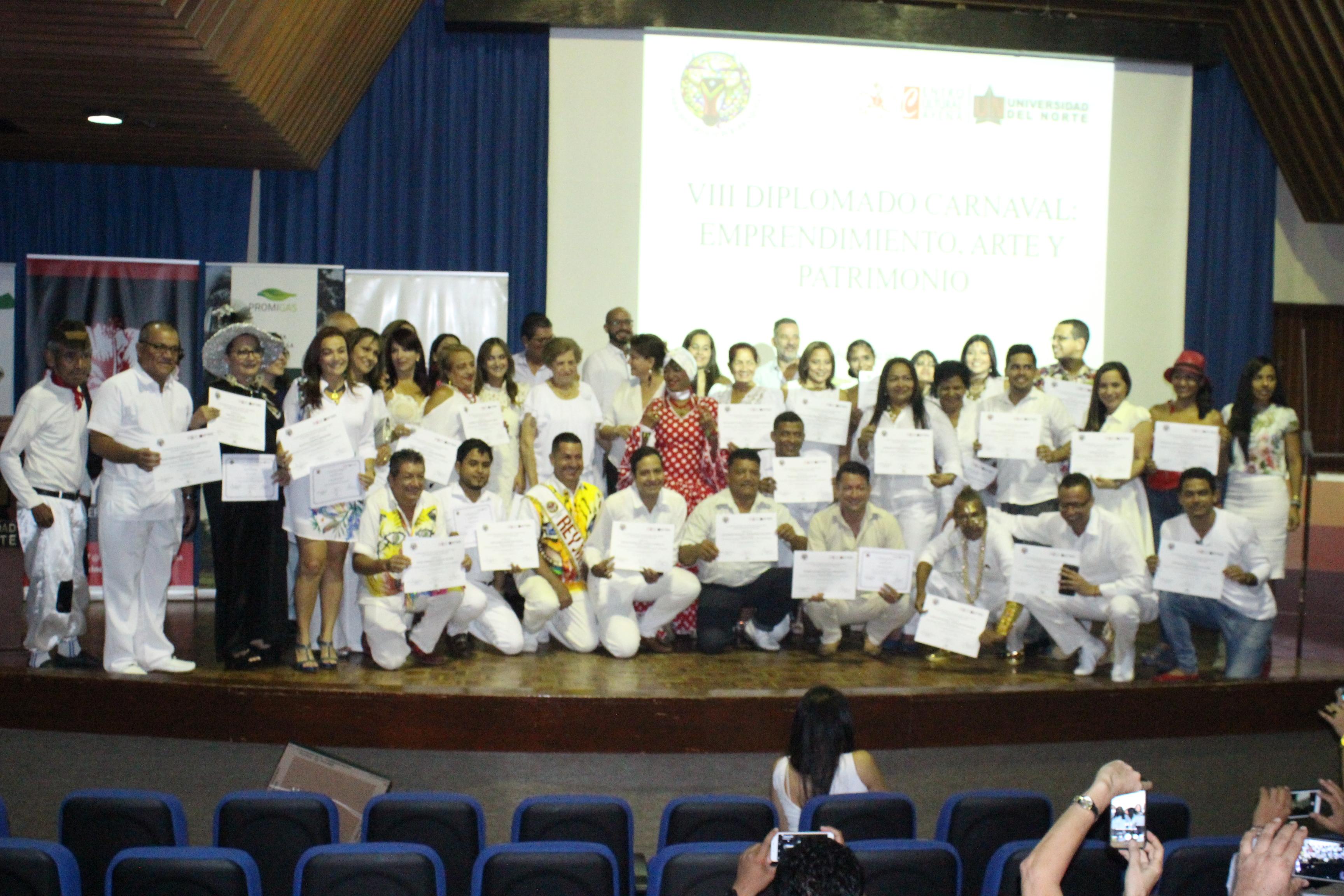 Ceremonia de Graduación en el VIII Diplomado del Carnaval de Barranquilla