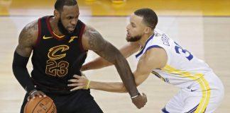 LeBron-James-de-Cleveland-Cavaliers-frente-a-Stephen-Curry-lavibrante