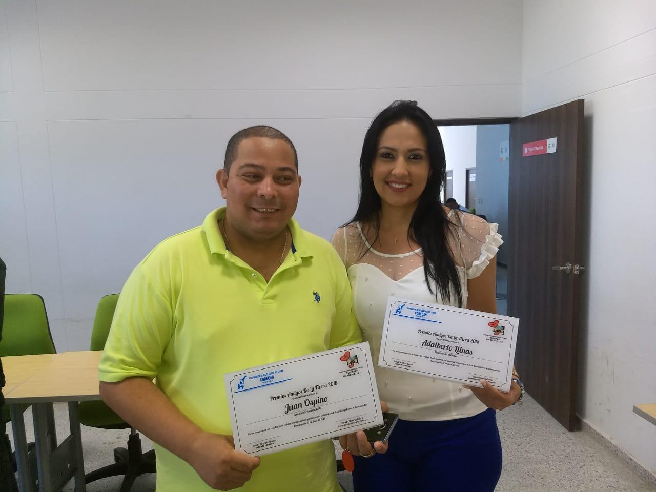 Concejal Juan Ospino Recibe premio Amigos de la tierra 2018