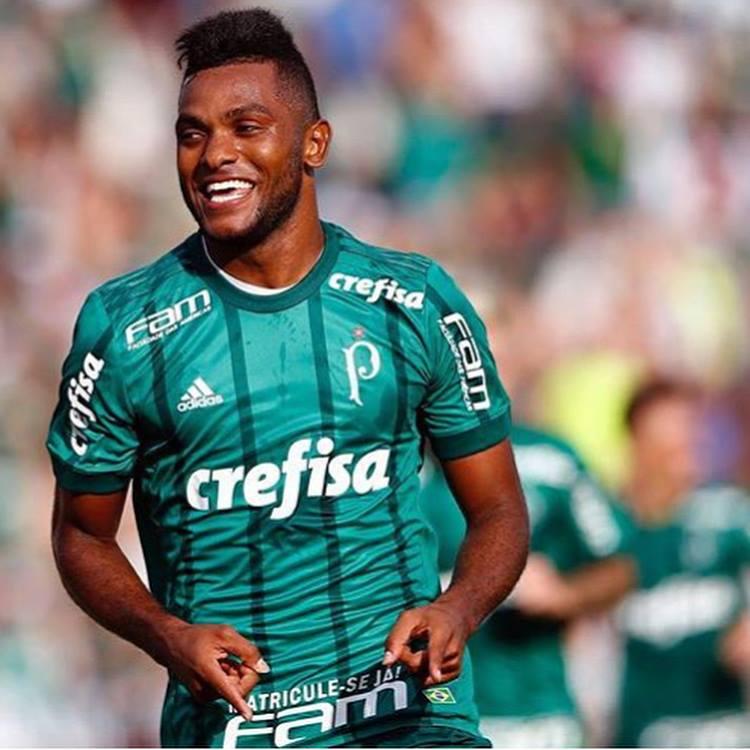 Borja confesó su tristeza por rechazo de Palmeiras: «no entiendo por qué no me quieren»