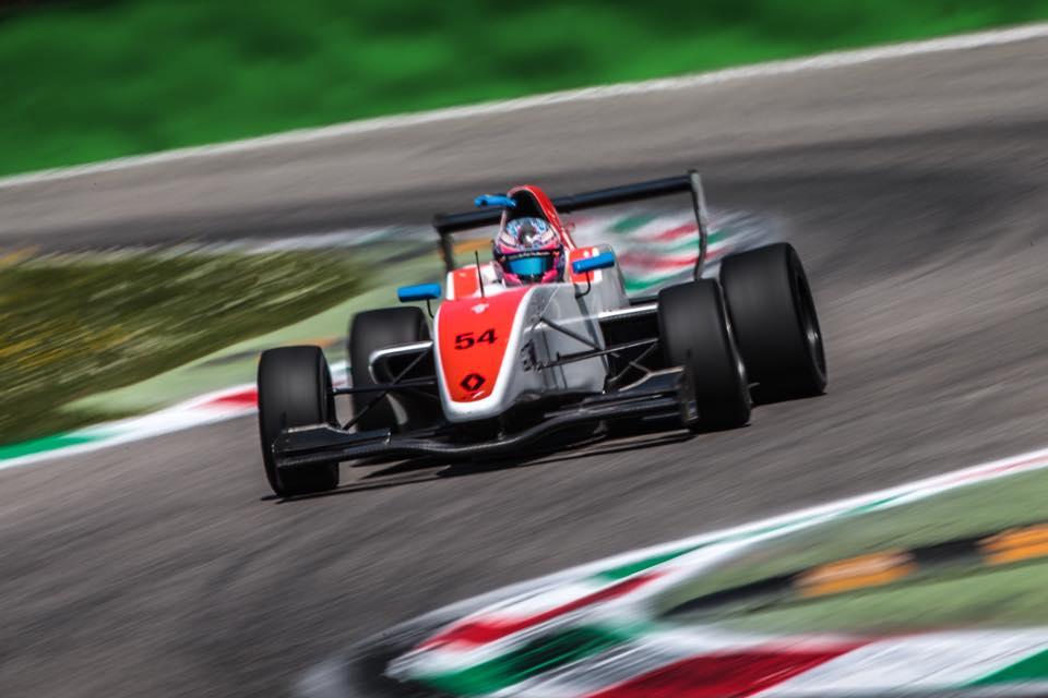 Fórmula Renault: Christian Muñoz llegó a Alemania