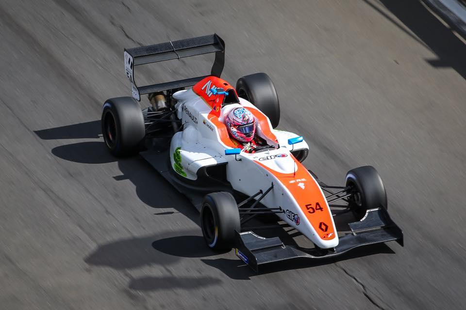Fórmula Renault Eurocopa: Christian Muñoz remontó en Hoffenheim y obtuvo un progreso destacado