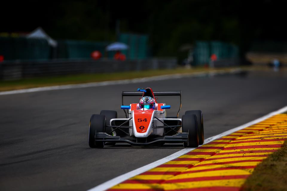 Fórmula Renault: Christian Muñoz tuvo una carrera compleja
