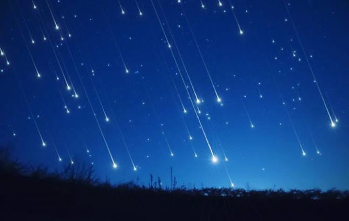 Esta noche se podrá apreciar las Geminidas, la villa de Meteoros más activa del 2018