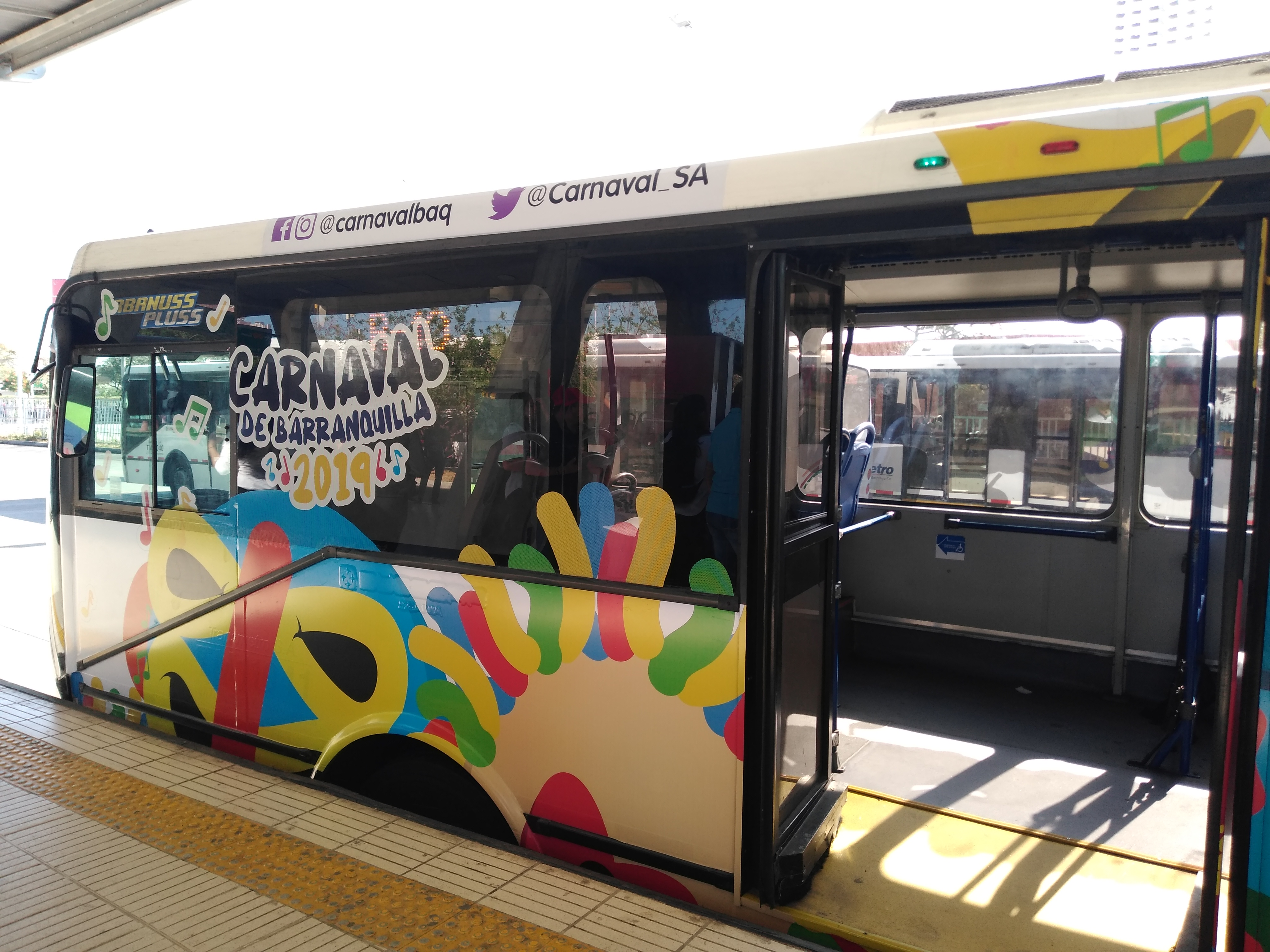 carnaval-transmetro-lv