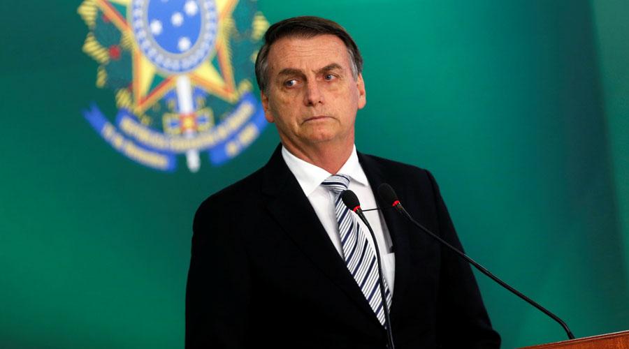 """Jair Bolsonaro, acusado de """"distorsionar"""" información sobre la pandemia del Covid-19"""