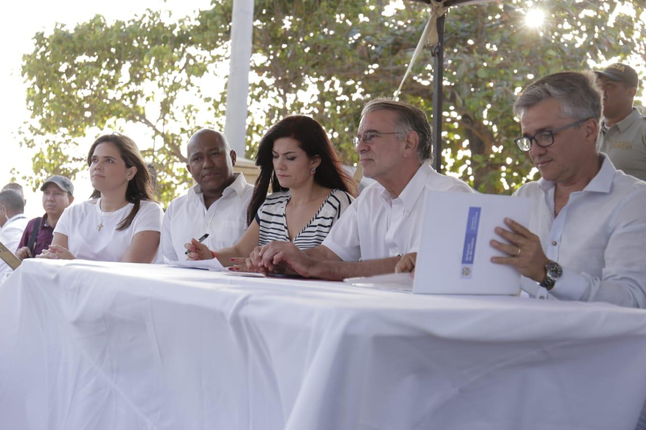 Acta- Muelle-Puerto-Colombia-diputados-presentes-lavibrante