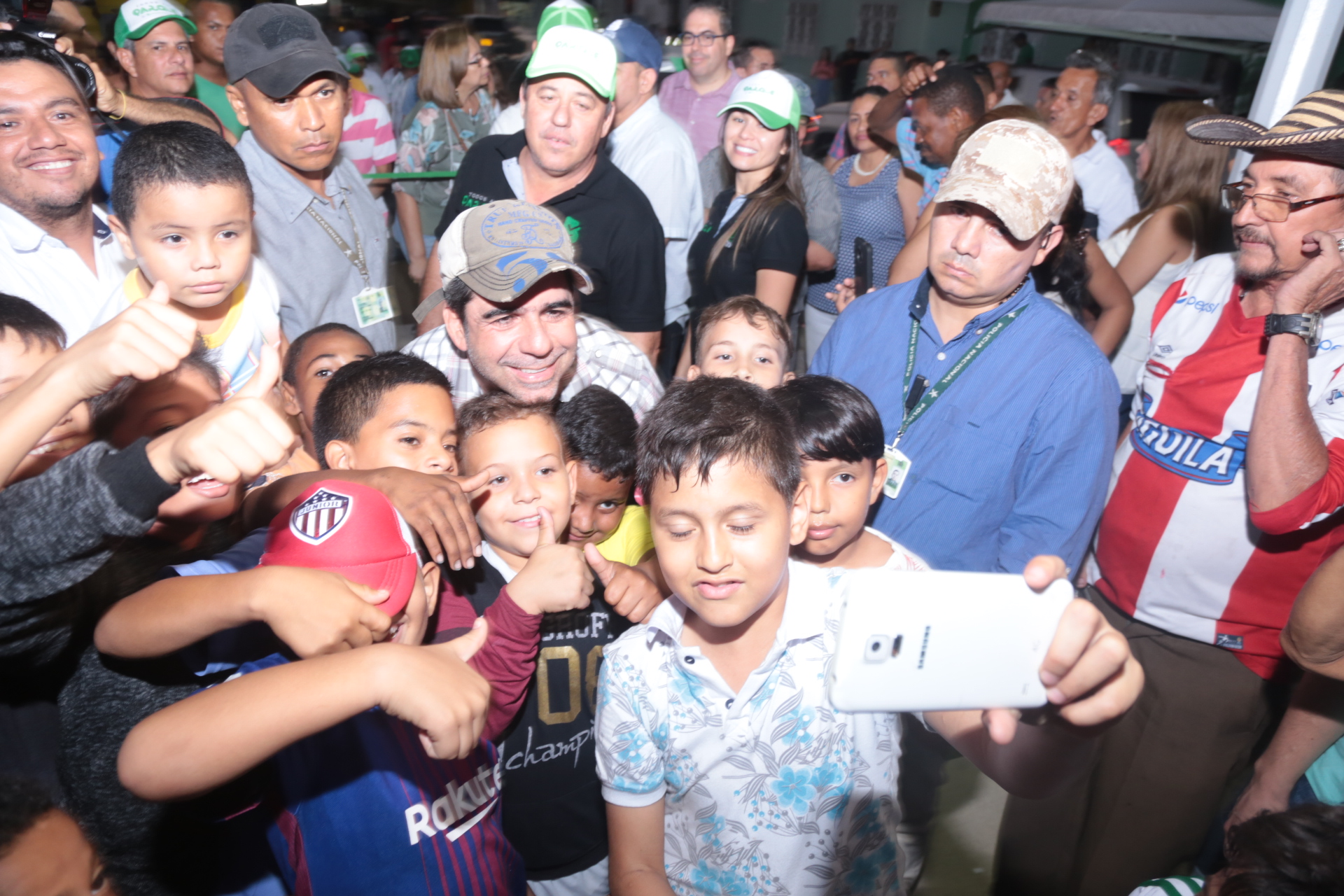Alcalde Char entregó segunda fase del parque Salcedo