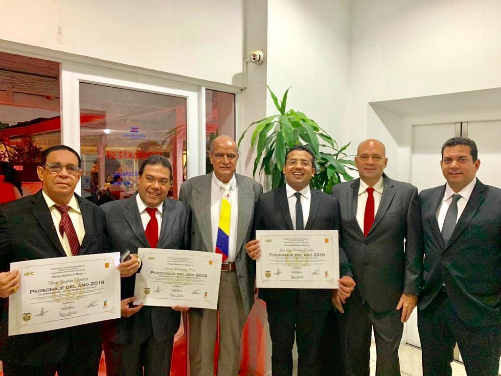 Alcalde Augusto Ramírez Uhía fue uno de los galardonados como 'Personaje del año 2018'