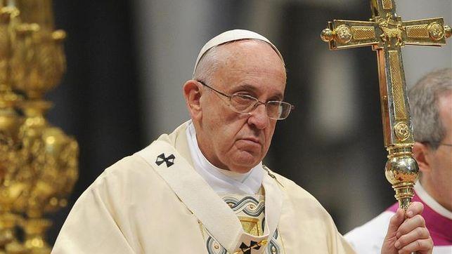 El Papa Francisco advierte que a la Iglesia le «asusta» acompañar a gente con diversidad sexual