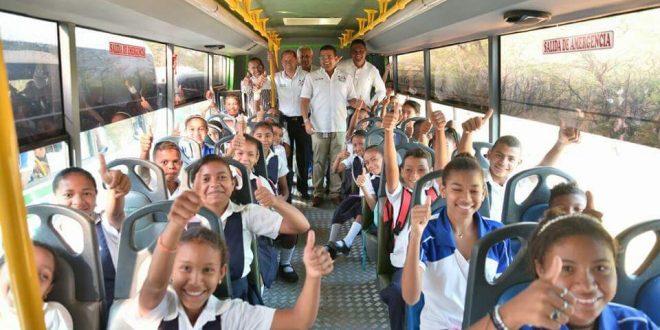 Alcaldía de Valledupar aseguró transporte escolar en las instituciones educativas