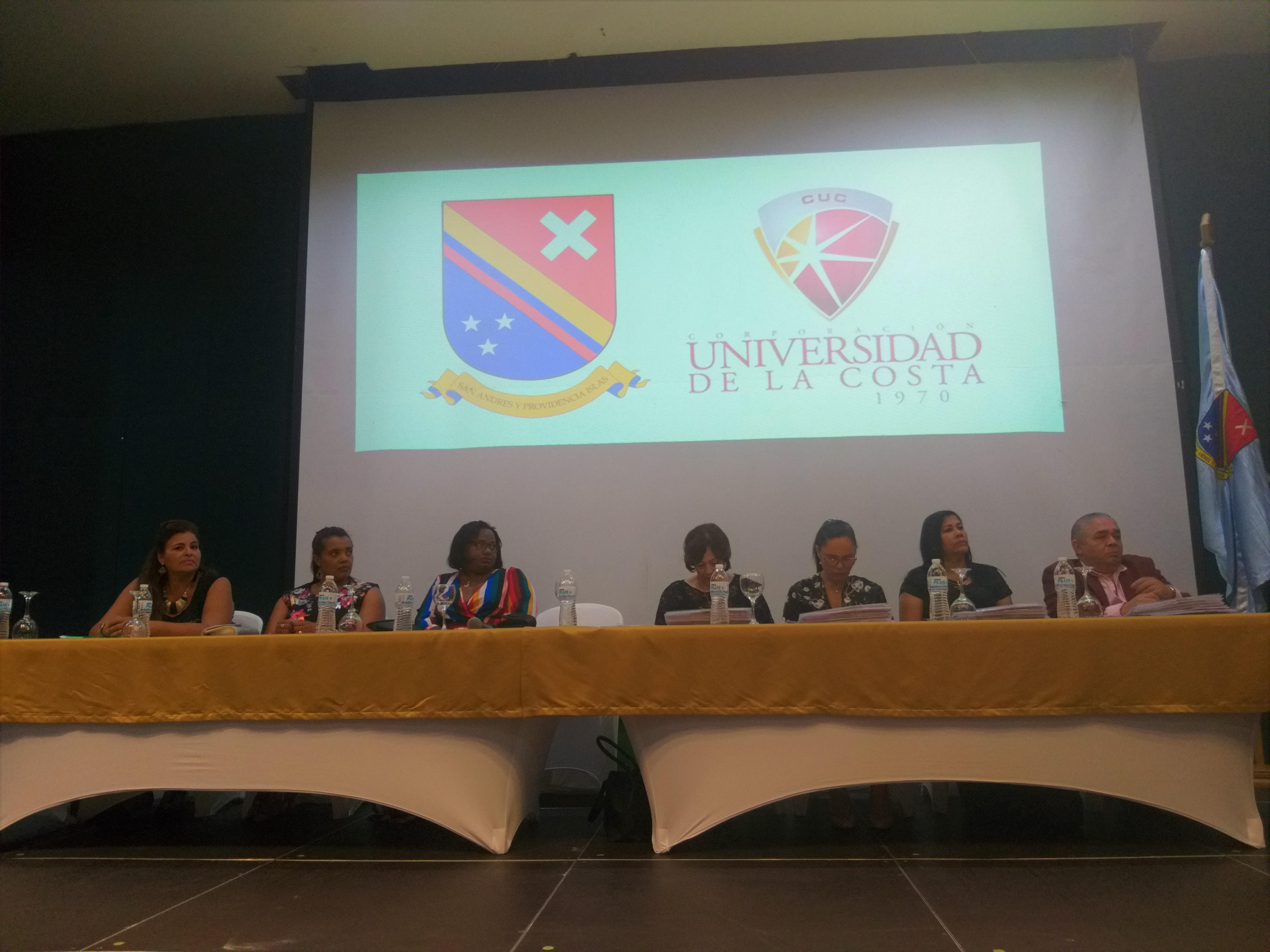 En San Andrés, 119 docentes reciben título de 'Magister en Educación', por intermedio de Unicosta