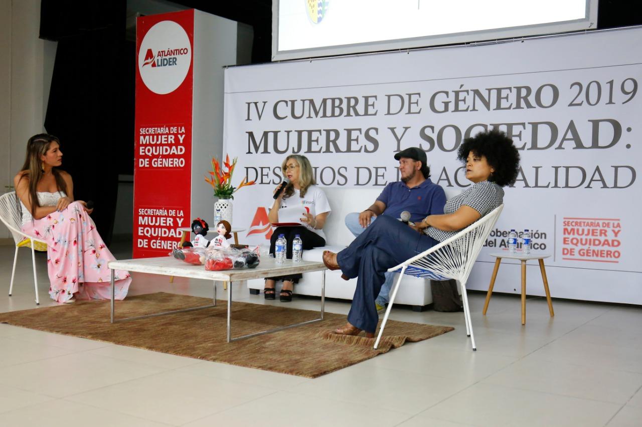 1.000 mujeres se unieron por la equidad en IV Cumbre de Género del Atlántico
