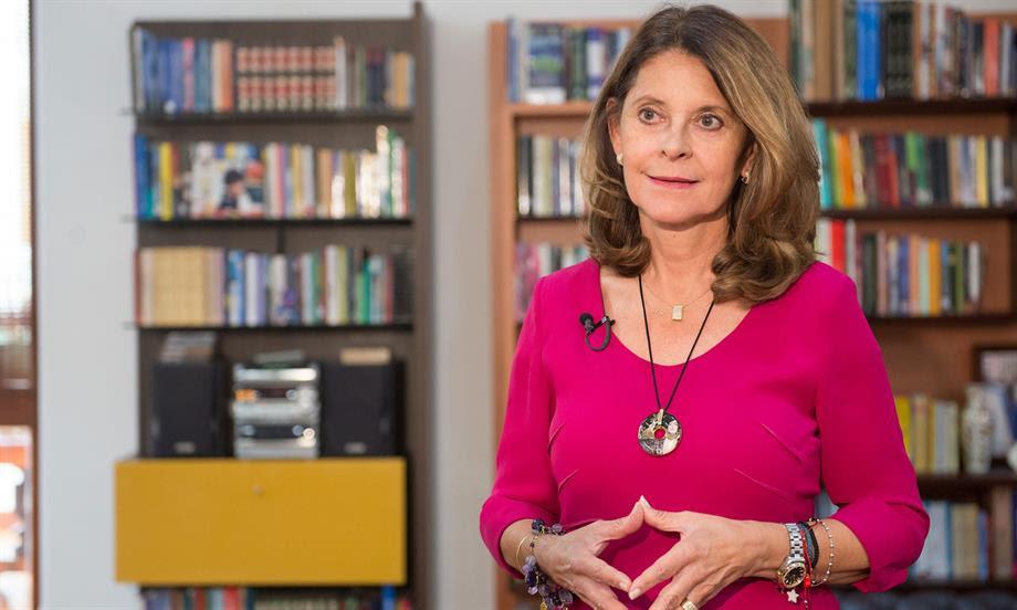 Vicepresidenta de la República invita a los colombianos a sumarse al Bicentenario de la Independencia en la Feria del Libro de Bogotá
