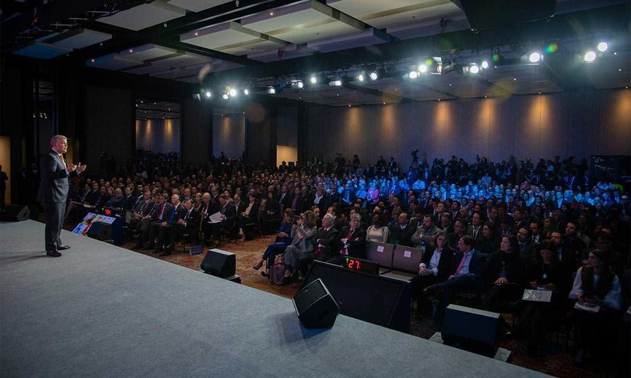 Presidente Duque destaca generación de 80 mil empleos en obras de infraestructura 4G