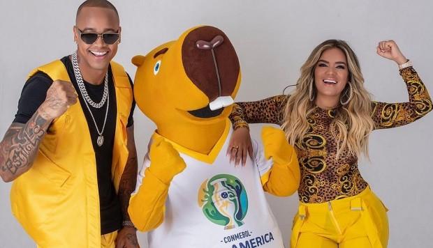 Karol G participa en la canción oficial de la Copa América