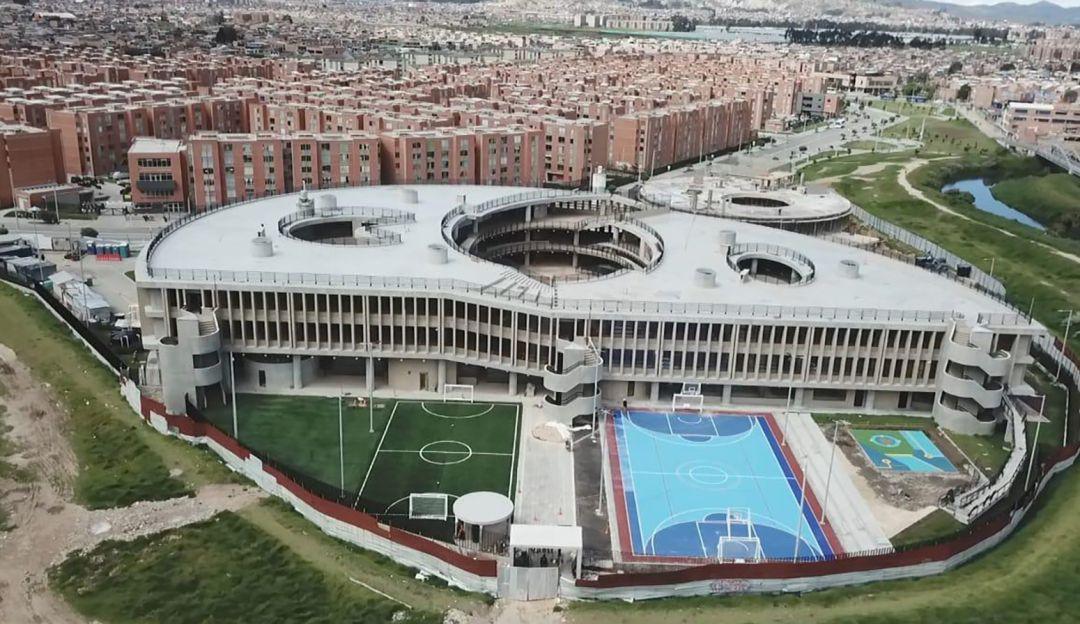 Alcaldía de Bogotá entrega nuevo colegio en la localidad de Bosa