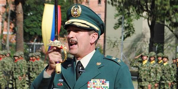 Se aprueba ascenso de jefe del Ejército pese a revelaciones de 'falsos positivos'