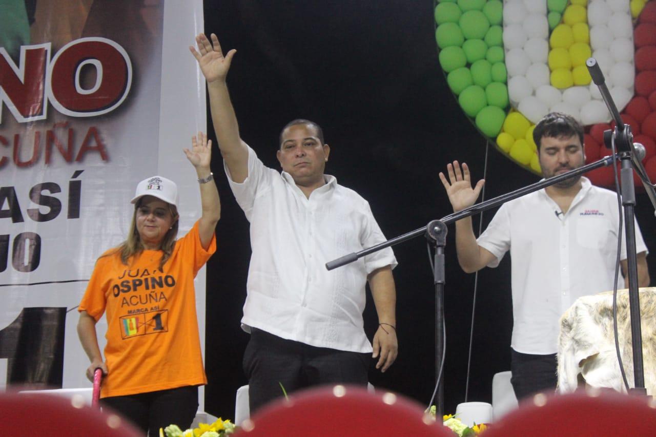 """Juan Ospino Acuña la """"rompió en la tarima"""" y arranca con todos los motores su candidatura al Concejo de Barranquilla"""