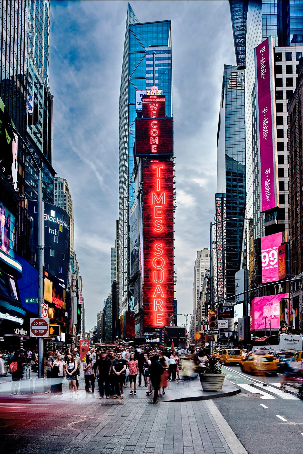 Samsung le cambia la cara al corazón del Times Square  con nuevas pantallas LED