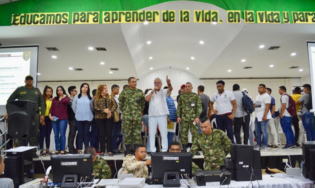 Con apoyo de Alcaldía de Soledad, dos mil hombres definieron su situación militar