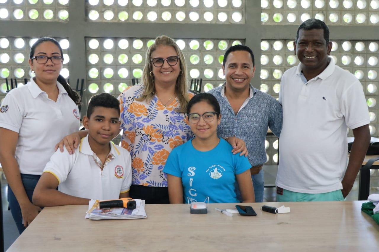 Estudiantes barranquilleros viajan a EE.UU. para representar a Latinoamérica en encuentro de ciencia