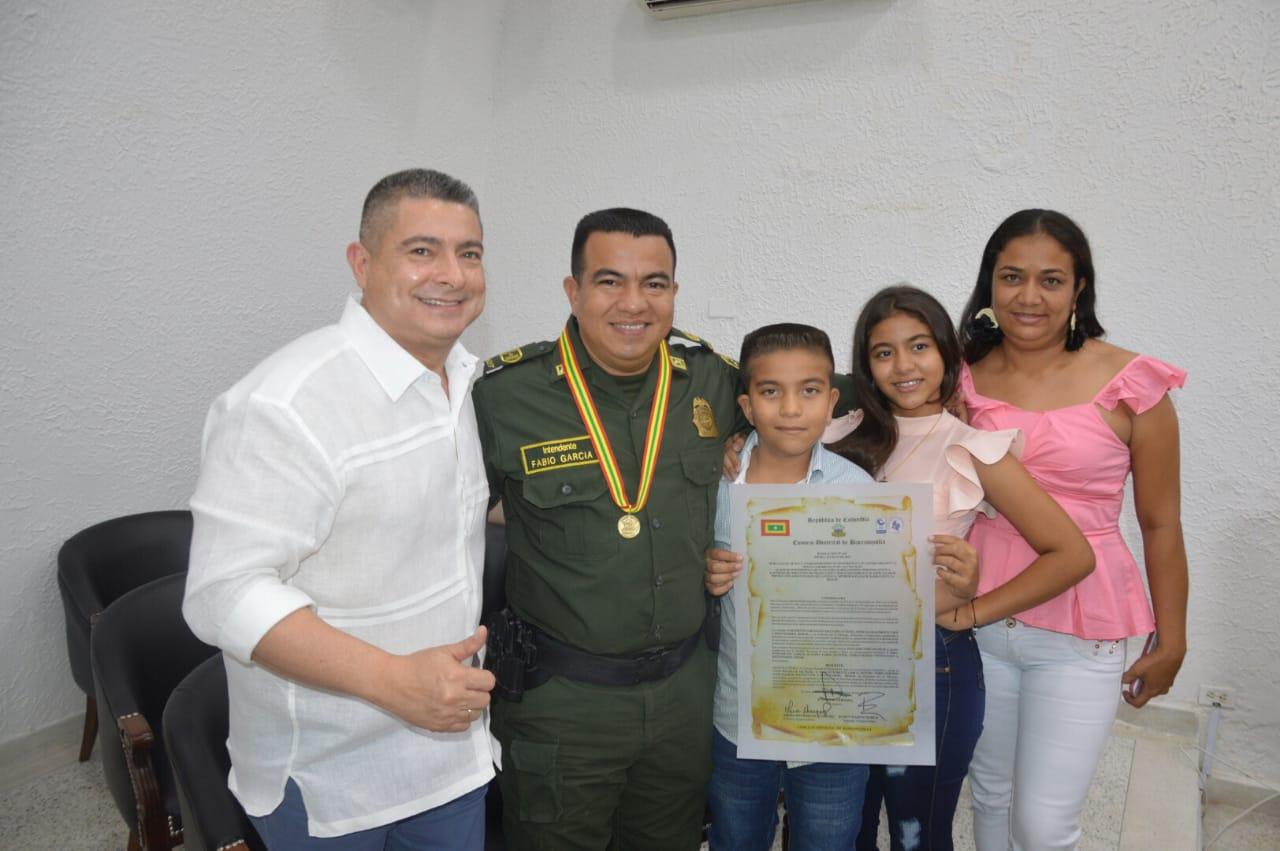 Concejo Distrital otorga medalla Barrancas de San Nicolás a la Fuerza Pública y a quienes han hecho grandes aportes a la ciudad