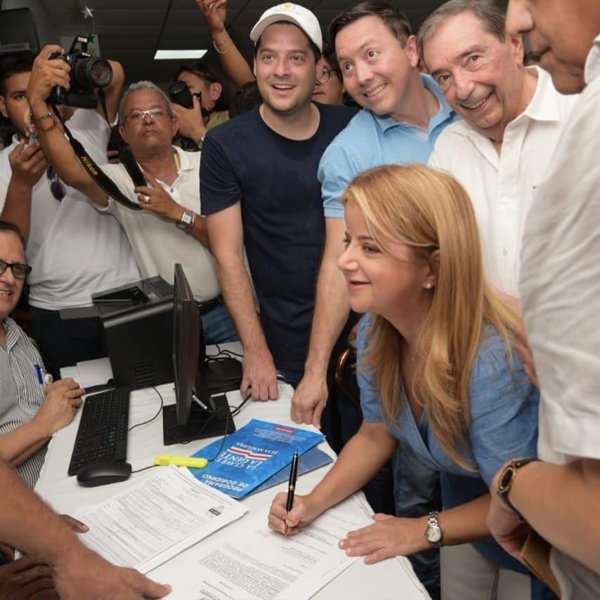 Con esta firma sello mi compromiso con la gente del Atlántico: Elsa Noguera