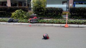 Motocicleta donde se movilizaban los asaltantes.