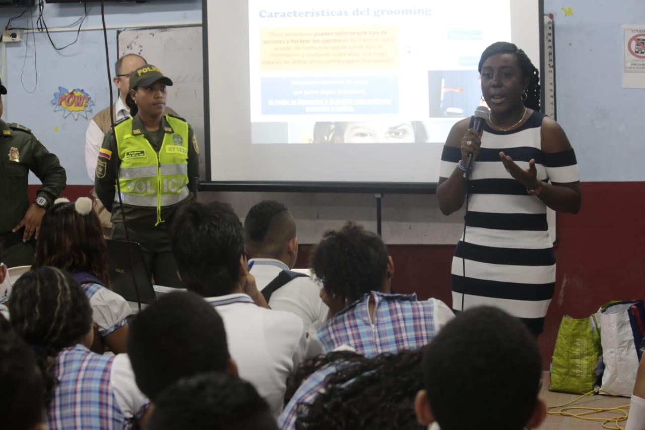 Alcaldía de Soledad lidera lucha contra el 'ciberbullying' en colegios